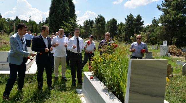 Şehit mezarları ziyaret edildi!...