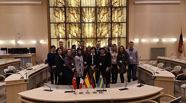Hendek Cumhuriyet İlkokulu Öğretmenleri Litvanya'da...