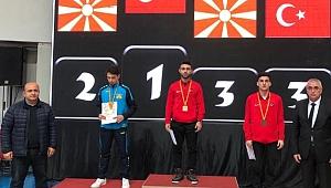 Ömer Faruk Ateş Balkan Şampiyonu