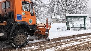 Hendek zirvede kar ile mücadele başladı