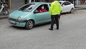 Hendek Polisi, kurallara uymayan 25 kişiye ceza kesti...