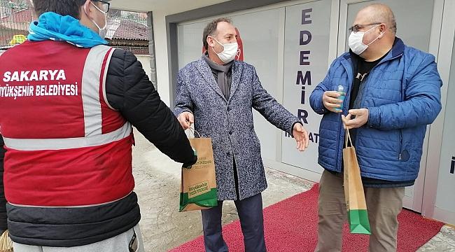 Maske Kullanımı Salgının Bulaşma Riskini Azaltıyor