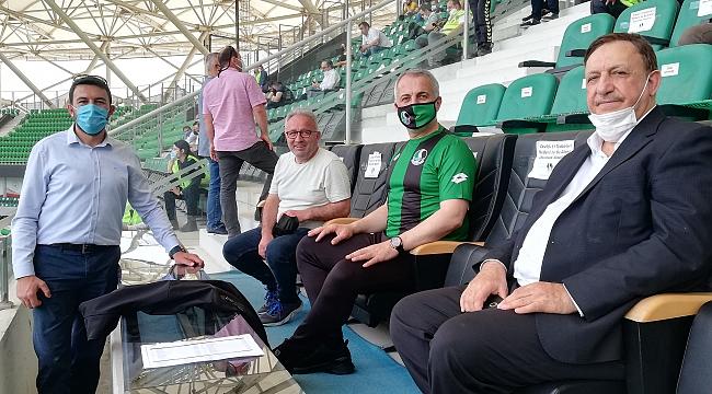 Sakaryaspor rahat kazandı. Başkan Babaoğlu'nun yeşil siyah aşkı...