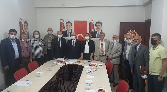 Sakarya Sivil Toplum Kuruluşları Platformu, Demokrat Parti'yi ziyaret etti