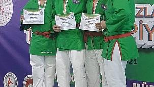 Sakaryalı Sporculardan Madalya Şöleni